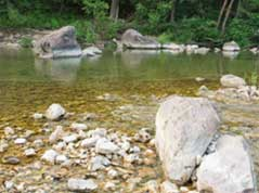 creek with shallows - Missouri Vacations