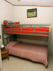 cabin bunkbed - Missouri Vacations