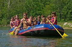 people on a raft - Missouri Vacations
