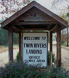twin rivers sign - Missouri Vacations