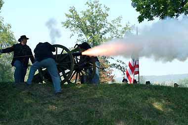 firing cannon - Missouri Vacations