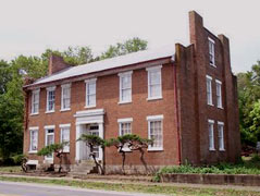 large old brick building - Missouri Vacations