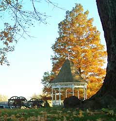 gazebo and cannons - Missouri Vacations