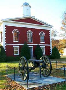 cannon in front of courthouse building - Missouri Vacations