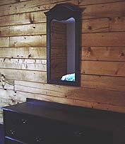 cabin with dresser and mirror - Missouri Vacations