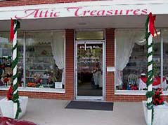 Attic Treasures storefront - Missouri Vacations